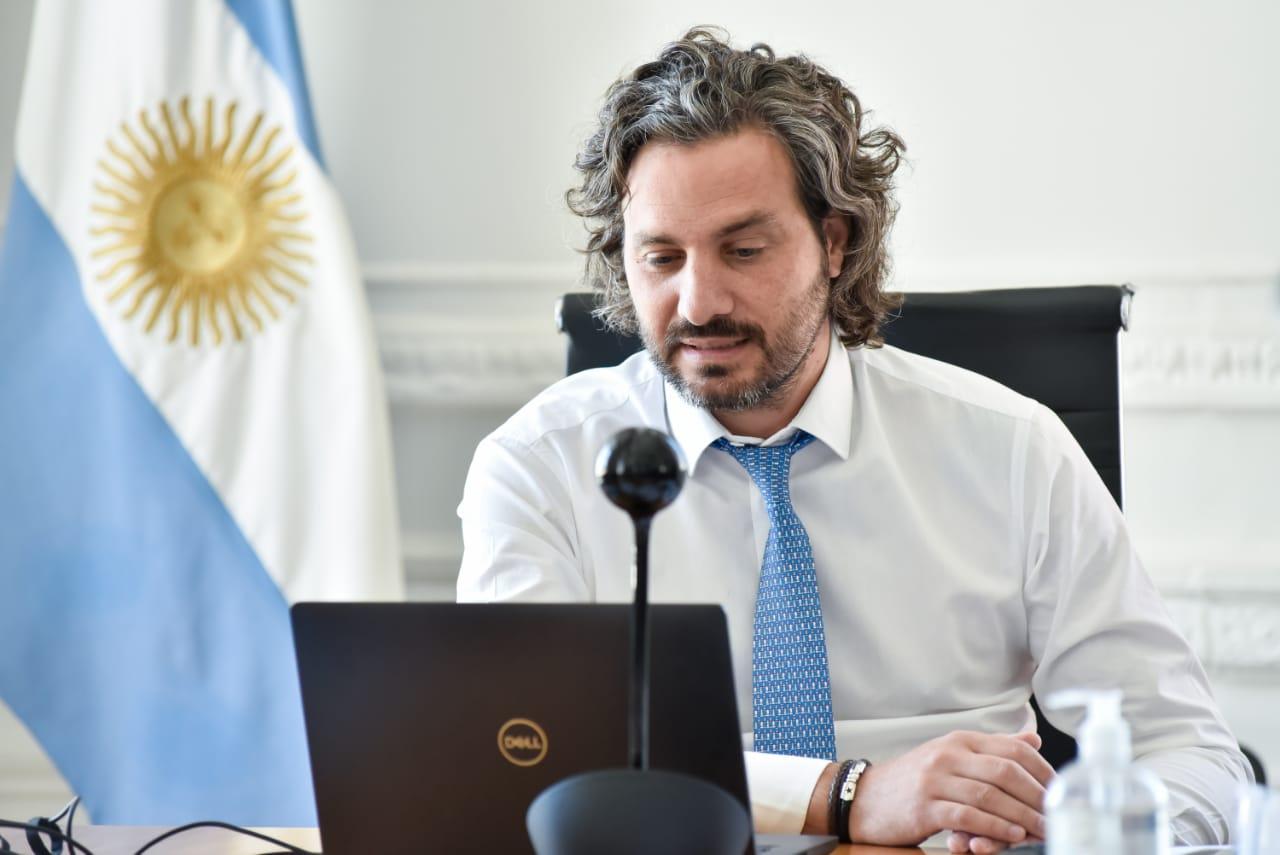 Conferencia de prensa con el señor Jefe de gabinete Santiago Cafiero, con representantes de 24 provincias