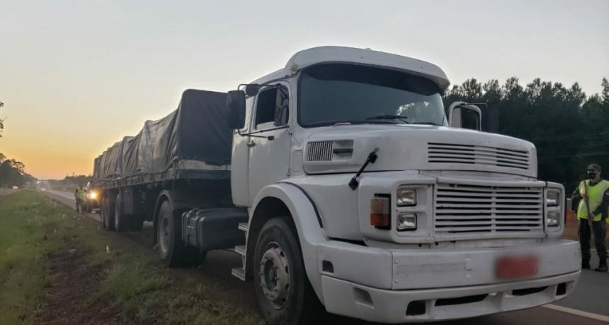 La Gendarmería Nacional incautó marihuana ocultas en camiones, en Misiones