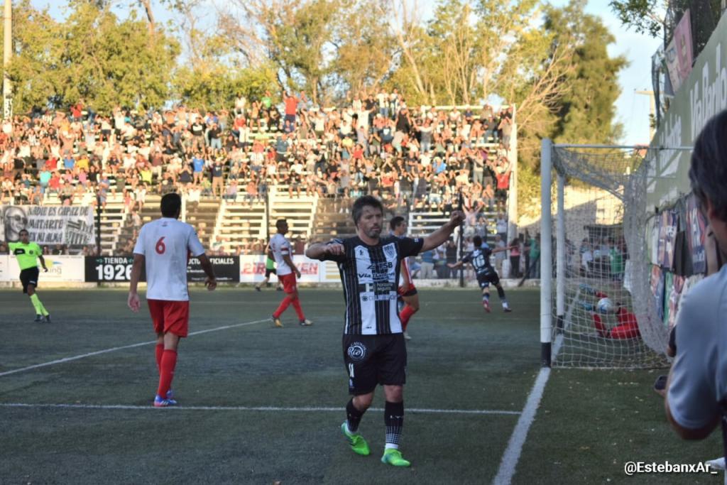 Cipolletti goleó a Independiente y lo dejó al borde del descenso