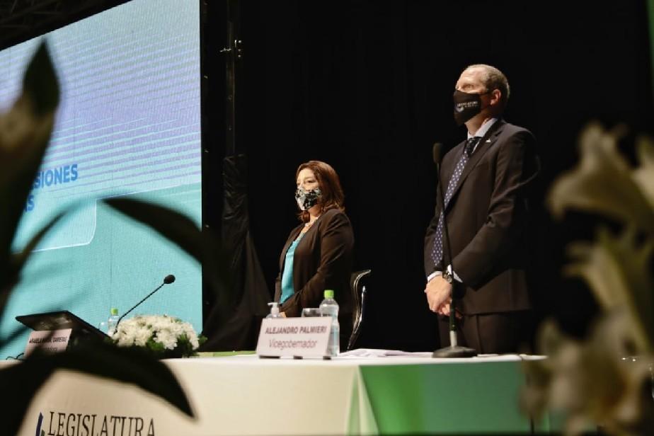 La Gobernadora, Arabela Carreras, anunció que la Provincia fortalecerá el Sistema Integral de Atención Rionegrina de Medicina de Emergencias.