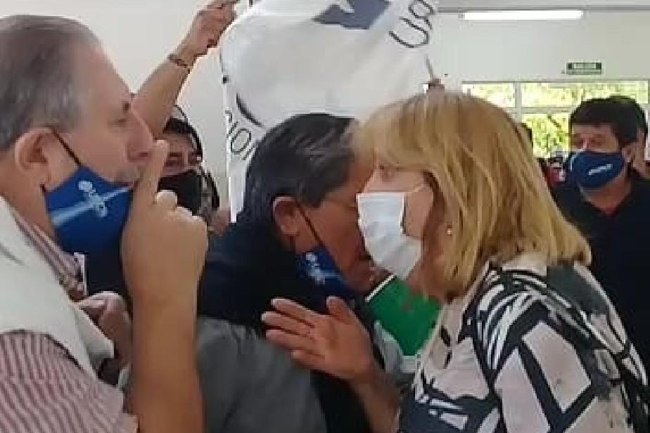 El Ministerio de Educación y Derechos Humanos repudia el accionar violento de manifestantes del gremio UPCN .