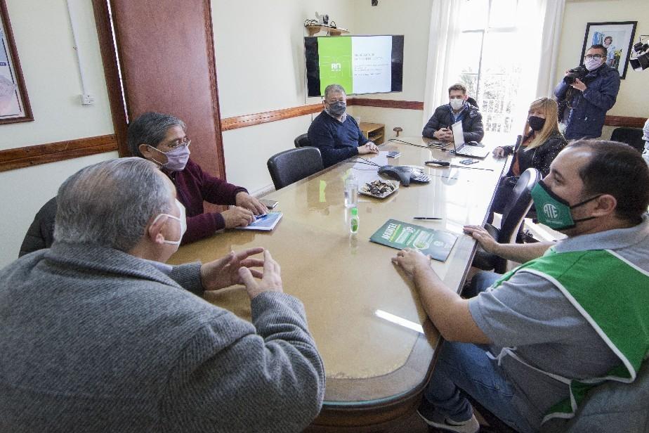 Lograron acordar la redacción de del proyecto a planta permanente entre Gobierno y los gremios.
