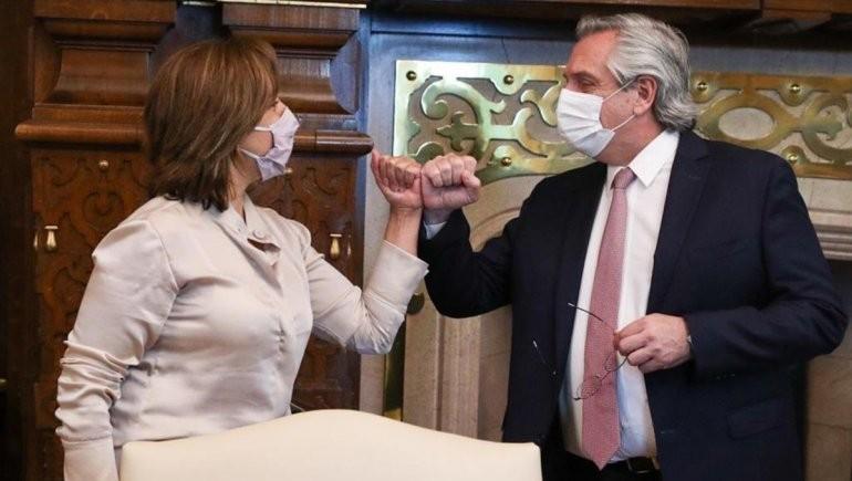 El Presidente recibió a Arabela Carreras en Casa Rosada