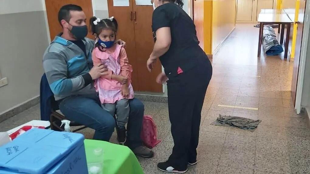 Comenzó la vacunación contra el COVID-19 a menores de 3 a 11 años